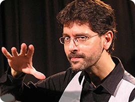 Óscar Ruí  Dpto. de Cursos Infantiles y Profesor de Magia
